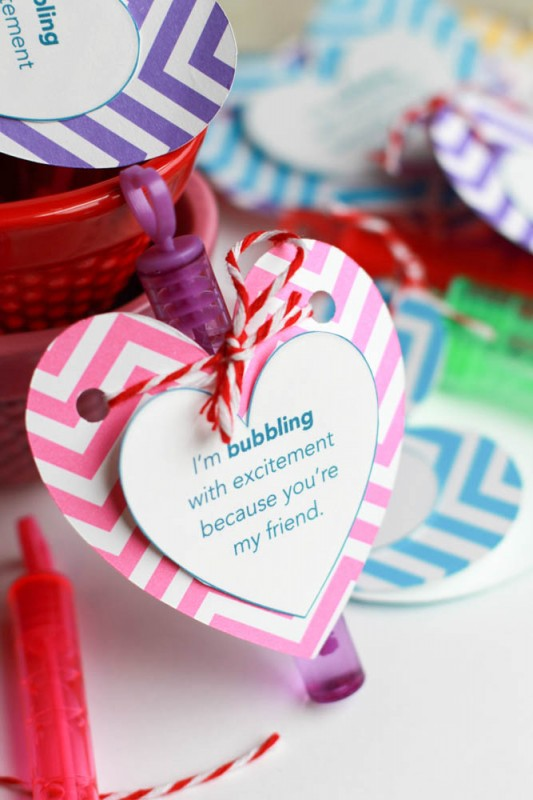 Easy-valentines-day-bubble-favors-25-Creative-Classroom-Valentines-NoBiggie.net_-533x800